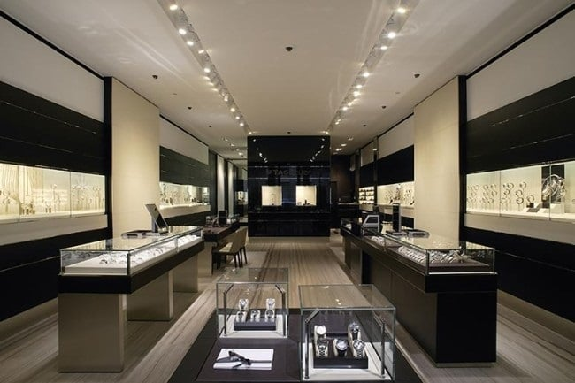 bucherer paris d couverte du plus grand magasin de montres. Black Bedroom Furniture Sets. Home Design Ideas