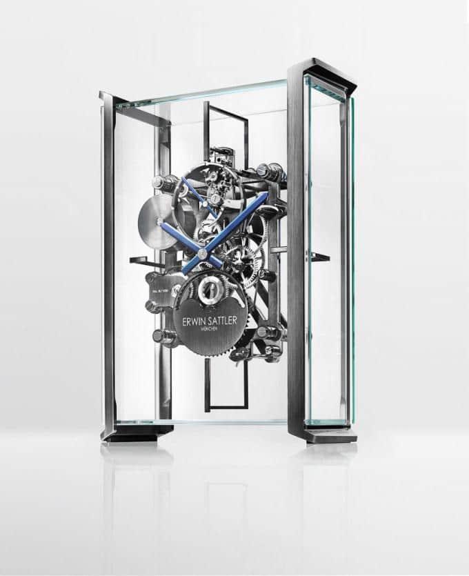 Horloge Audi transparente