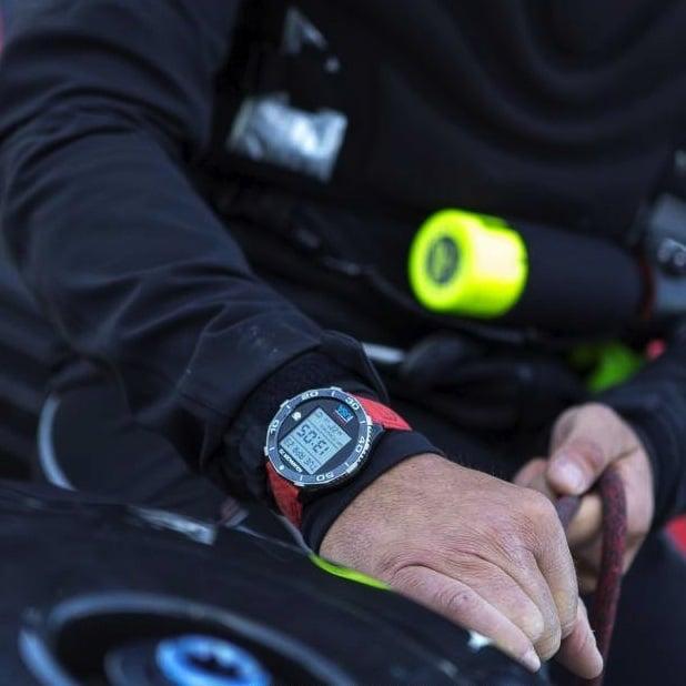Montre Aquaracer 72 du Team Oracle USA