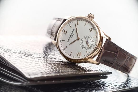 La première montre connectée de chez Frédérique Constant