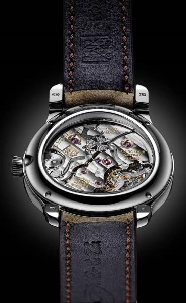 Le magnifique mouvement horloger de Moser et Cie Endeavour Perpetual Calendar