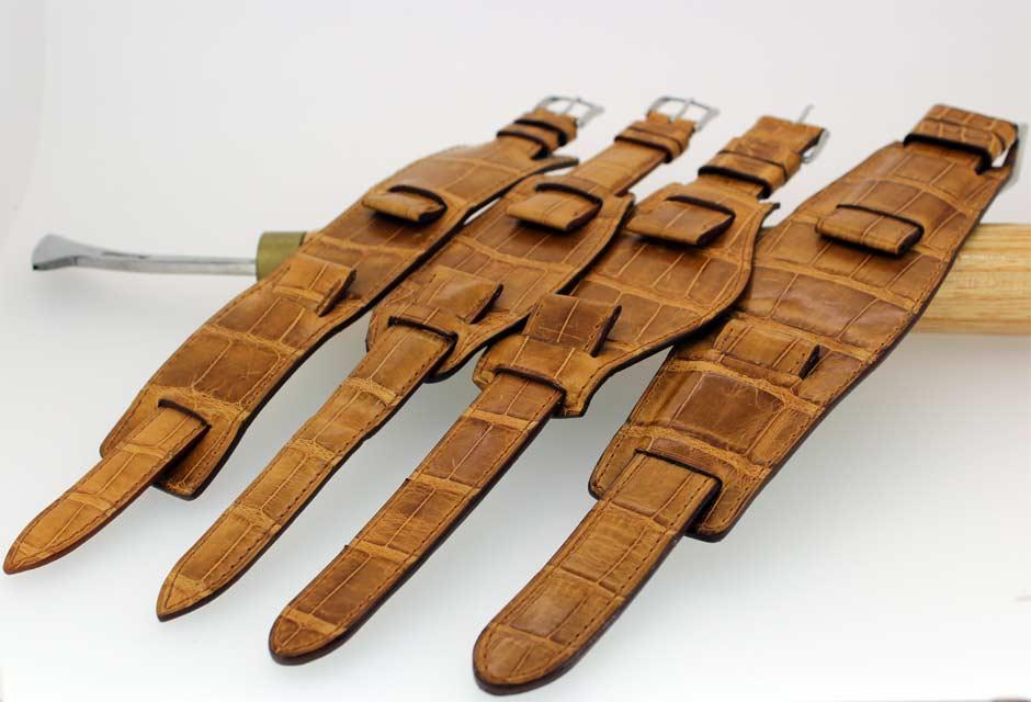 Bracelet en cuir avec plaque de type américaine