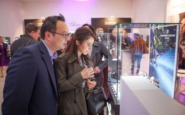 Salon qp d couvrir le salon d 39 horlogerie londoniens for Decouvrir salon